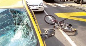 saobraćajna nesreća u kojoj je učestvovao biciklista, teške povrede